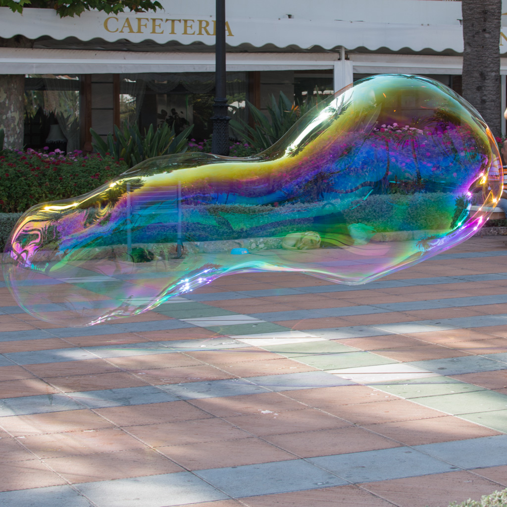 Bubble blower, Nerja