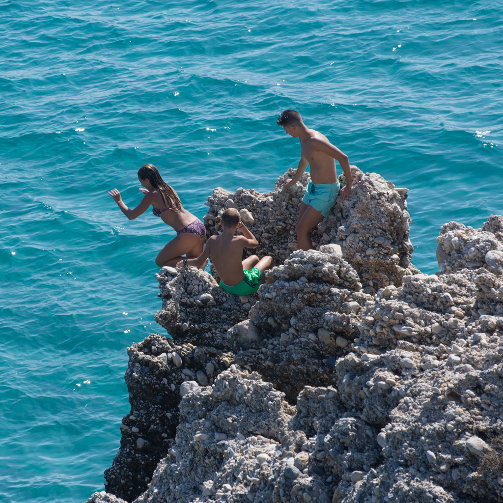Rock jumpers, Nerja
