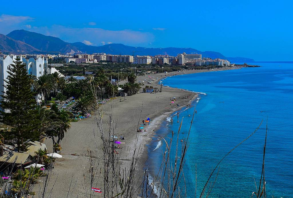 El Playazo beach, Nerja