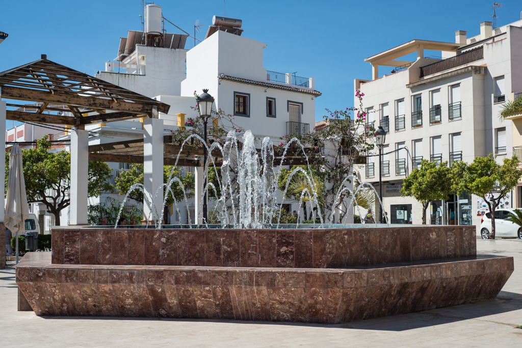 fountain, Plaza Cantarero