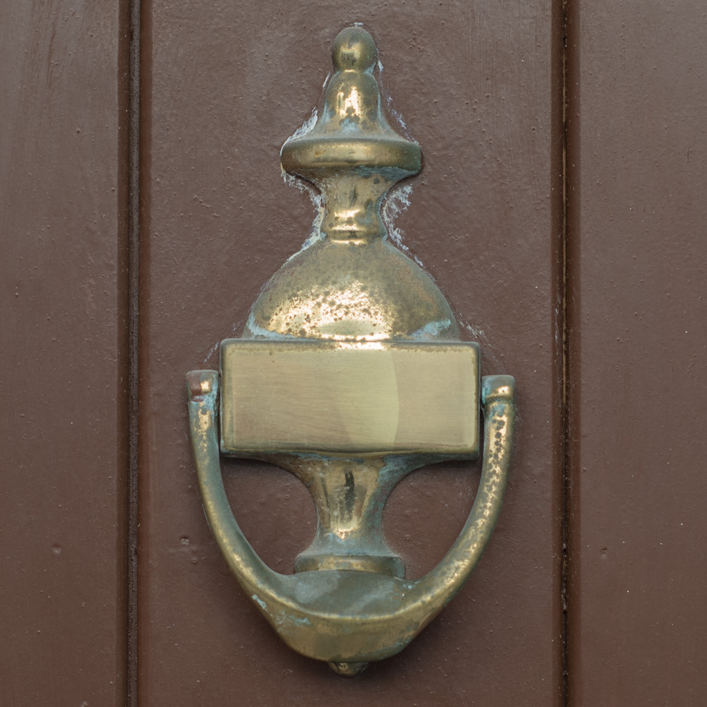 knocker, Nerja